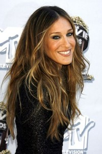 Absolutely lovin' Sarah Jessica Parker  rockin' the Balayage Ombre look!
