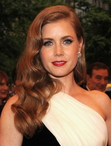 Nobody works the side swept do as effortlessly as Amy Adams! Let Kevin show you how to rick this look!